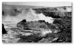 Kilauea's lava lake around the time Perret was there.  Source