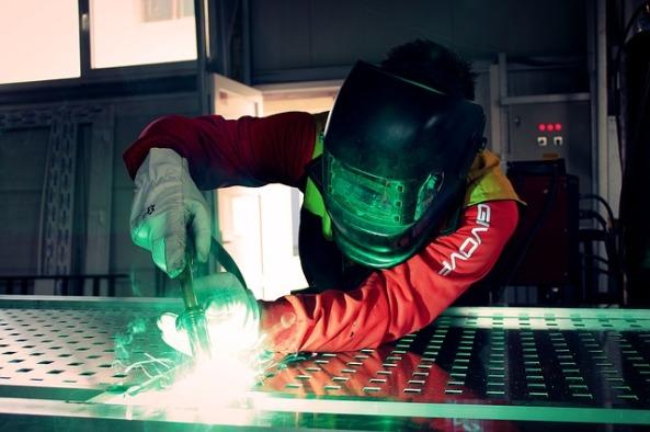 welding-2178127_640